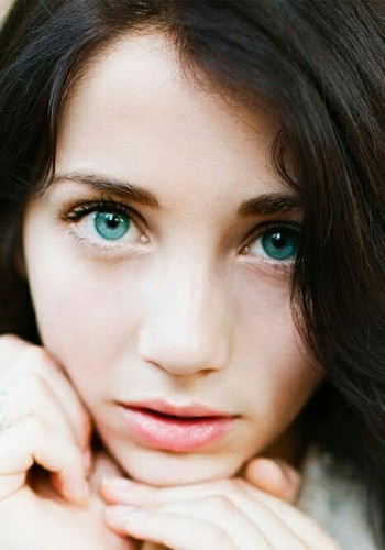 Simpahtikoh images Emily rudd wallpaper and background photos