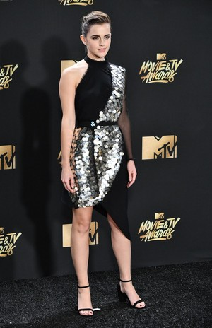 Emma at the 2017 mtv Movie Awards