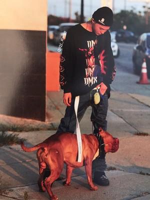 G-Dragon Kwon Ji Yong USB Album 写真