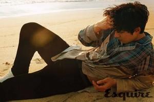 Gong Yoo poses for 'Esquire Hong Kong'