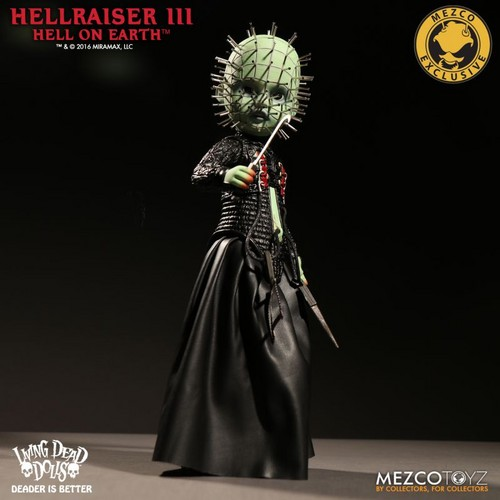 Living Dead Dolls karatasi la kupamba ukuta titled Hellraiser