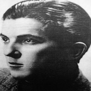 Jonathan Frid head shot, 1940s