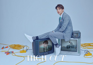 MINHO FOR MAY HIGH CUT VOL. 197