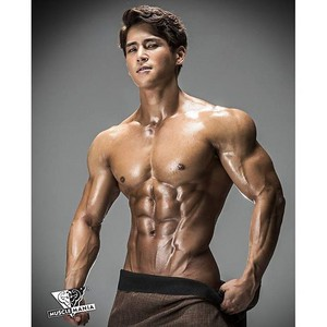 Muscular Body 003