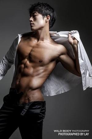 Muscular Body 007