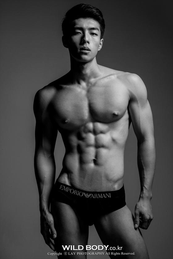Muscular Body 008