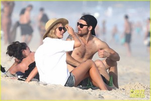 Paul Wesley & Candice King Hang Out at the spiaggia in Rio!