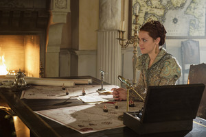 """Reign """"Blood in the Water"""" (4x15) promotional picture"""