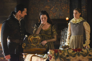 "Reign ""Blood in the Water"" (4x15) promotional picture"