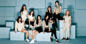SNSD Baby G 2017 SS Collection Catalogue