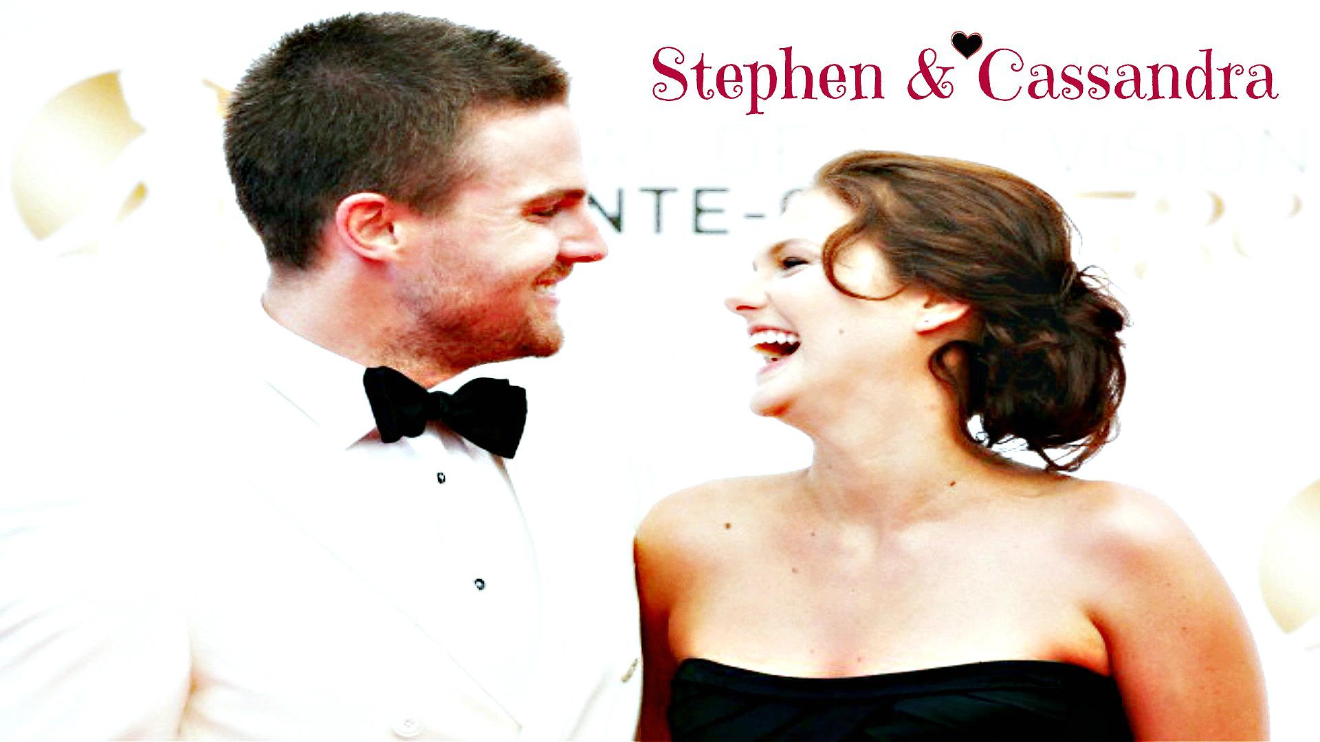 Stephen Amell & Cassandra Jean Wallpaper