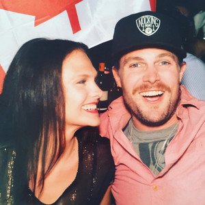 Stephen Amell and Cassandra Jean Amell images Stephen and ...