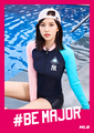 TWICE X MLB - BE MAJOR roze ver.