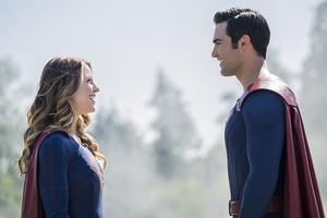 Tyler Hoechlin as Clark Kent/Superman in Supergirl - The Last Children of Krypton (2x02)