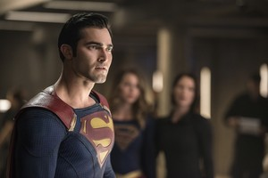 Tyler Hoechlin as Clark Kent/Superman in Supergirl - The Last Children of Krypton (2x02)