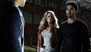 Tyler Hoechlin as Derek Hale in Teen serigala - Abomination (2x04)