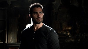 Tyler Hoechlin as Derek Hale in Teen serigala - Battlefield (2x11)