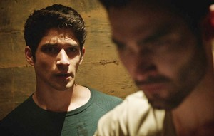 Tyler Hoechlin as Derek Hale in Teen lobo - Fireflies (3x03)