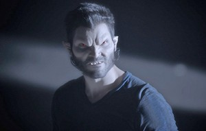 Tyler Hoechlin as Derek Hale in Teen lobo - Frayed (3x05)