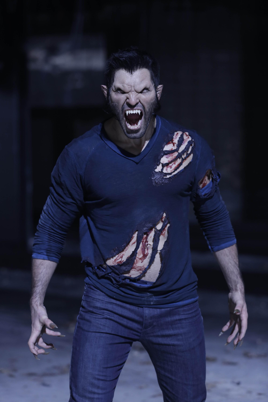 Tyler Hoechlin as Derek Hale in Teen Wolf - Frayed (3x05)