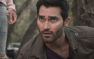 Tyler Hoechlin as Derek Hale in Teen 늑대 - Orphaned (4x06)
