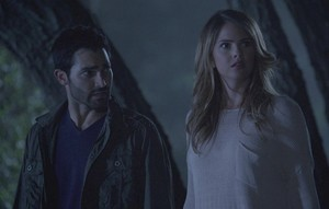 Tyler Hoechlin as Derek Hale in Teen волк - Orphaned (4x06)