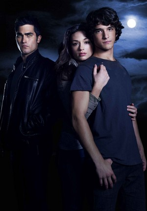 Tyler Hoechlin as Derek Hale in Teen loup - Season 1 Cast Portrait