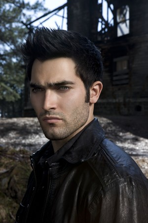Tyler Hoechlin as Derek Hale in Teen loup - Season 1 Portrait