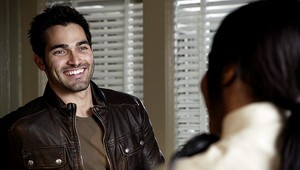 Tyler Hoechlin as Derek Hale in Teen 늑대 - Shape Shifted (2x02)