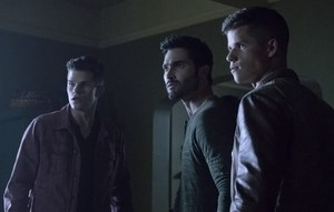 Tyler Hoechlin as Derek Hale in Teen নেকড়ে - Silverfinger (3x17)