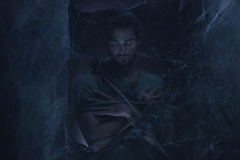 Tyler Hoechlin as Derek Hale in Teen Wolf - The Dark Moon (4x01)
