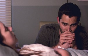 Tyler Hoechlin as Derek Hale in Teen 狼 - The Girl Who Knew Too Much (3x09)