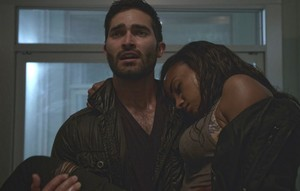 Tyler Hoechlin as Derek Hale in Teen волк - Weaponized (4x07)