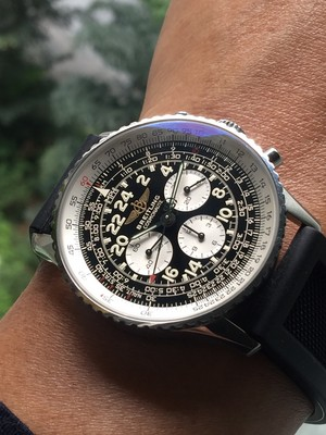 Watches चित्र