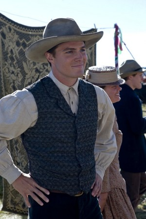 Stephen Amell -  When Calls the Heart (2013 TV Movie)