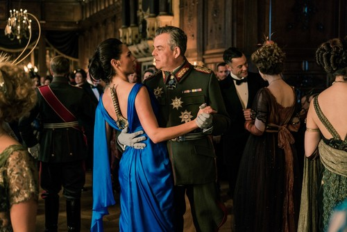 Wonder Woman (2017) achtergrond called Wonder Woman - Diana and Ludendorff