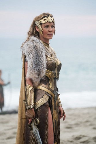 Wonder Woman (2017) fond d'écran entitled Wonder Woman - Hippolyta