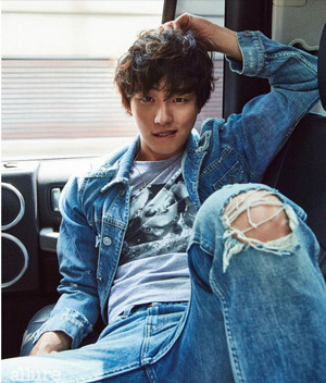 YOON SI YOON FOR JUNE ALLURE