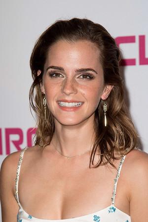 ♥ ♥ ♥ Gorgeous Emma ♥ ♥ ♥