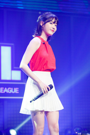 170714 IU at Sudden Attack Champions League by Box