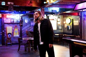 """Animal Kingdom """"Forgive Us Our Trespasses"""" (2x05) promotional picture"""