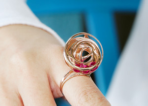 Armillary Kinetic Ring rolling ruby hong kong 3d printing contemporary wire art Vulcan Jewelry