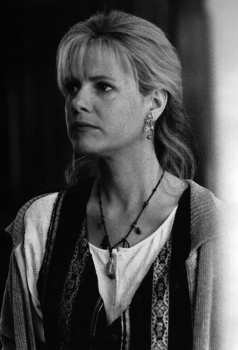 Jumanji Обои titled Bonnie Hunt as Sarah Whittle
