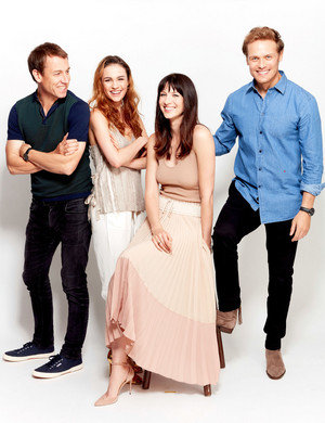 Caitriona Balfe and Outlander Cast at San Diego Comic Con 2017