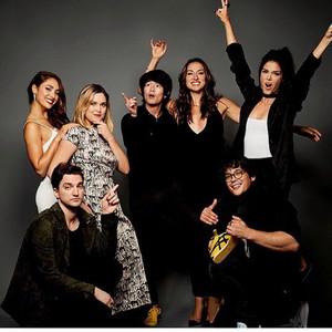 Cast 100