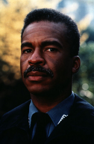 David Alan Grier as Carl Bentley