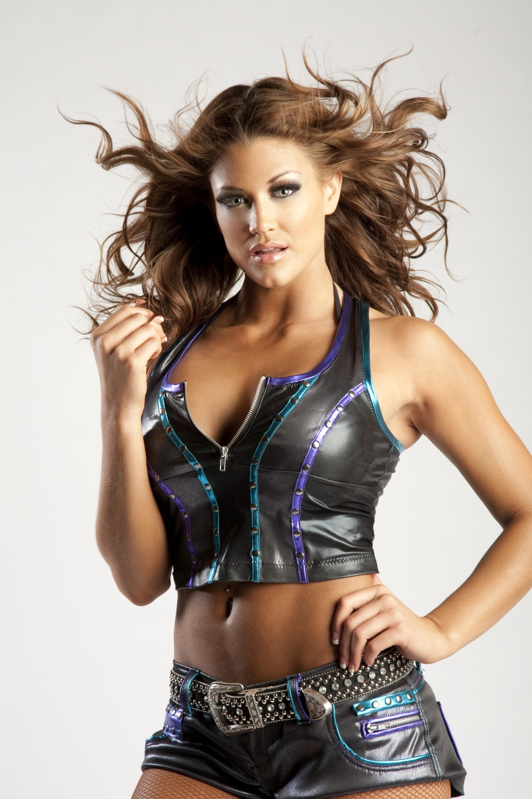 Eve Bilder Eve Torres Height And Weight Bra Size Body Measurements 1