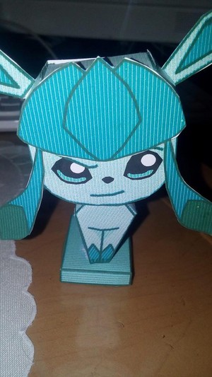 Glaceon's papercraft