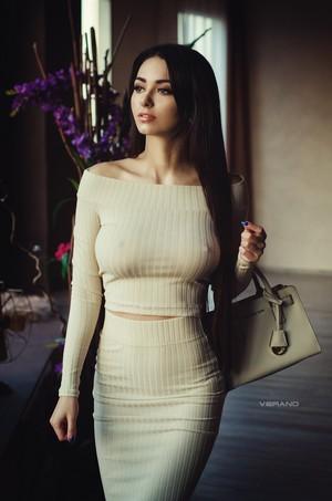 Helga Lovekaty 012