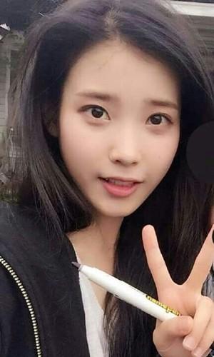 iu (Lee Ji-eun)